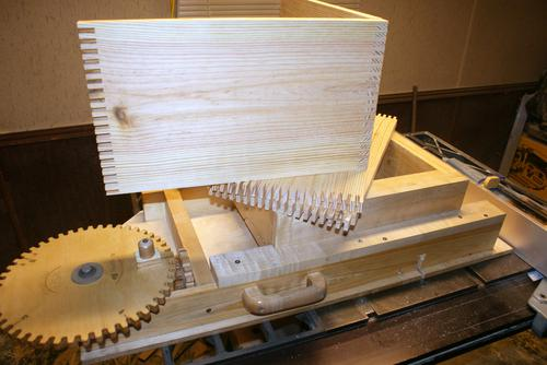 Jim Lundin S Box Joint Jig