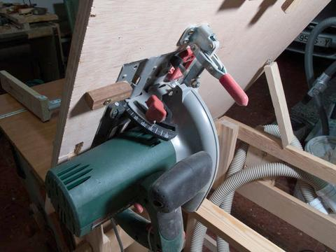 circular saw table mount. a bevel cutting sled, and miter sled. tilting the circular saw would require much larger hole in plywood top. table mount