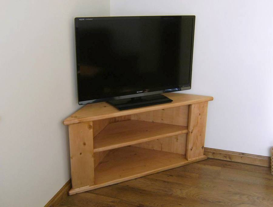 Andy Nagel's corner TV stand
